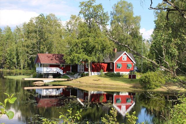 Ferienhaus am See in Schweden