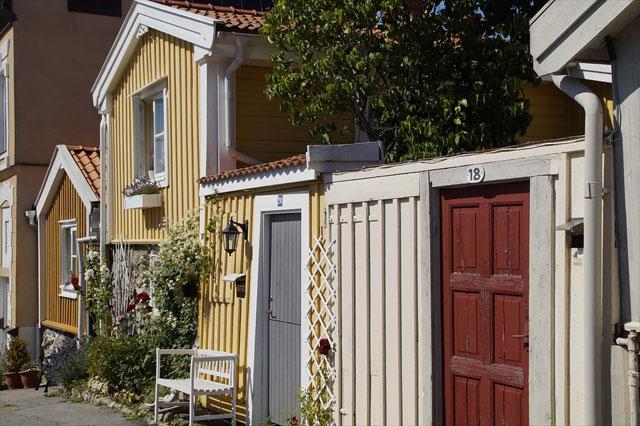 Typische Holzhäuser auf der Insel Öland