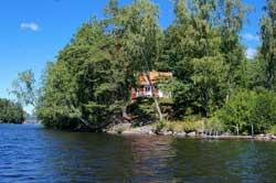 Angler-Ferienhaus am Wasser in Smaland